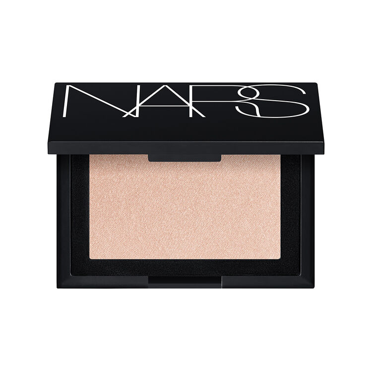 LIGHT SCULPTING HIGHLIGHTING POWDER, CAPRI